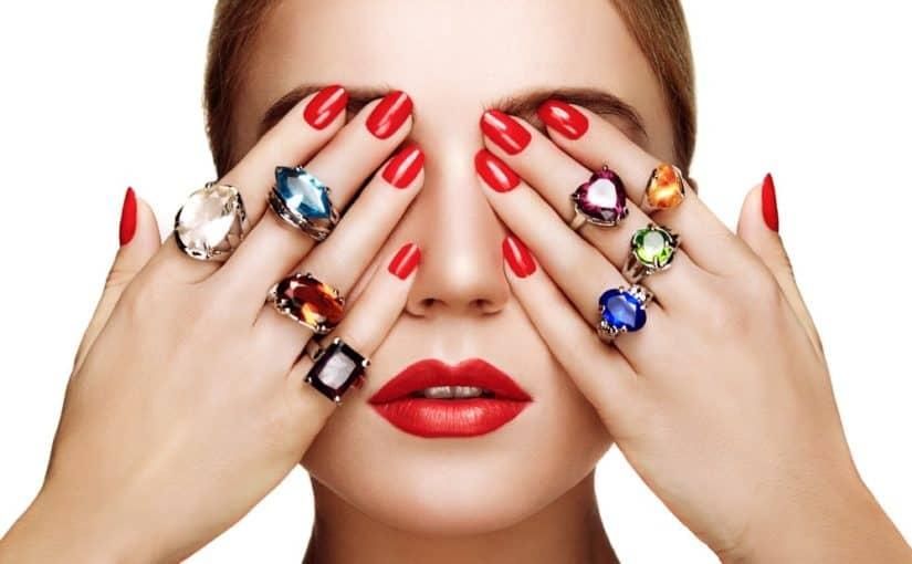 Giv hende smykker fra Julie Sandlau i julegave
